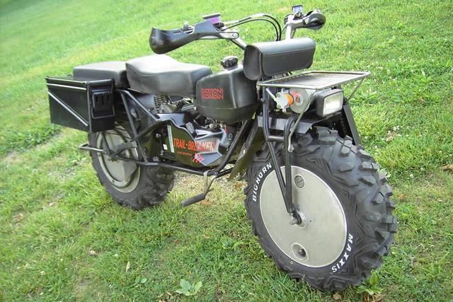 Những mẫu mô tô kỳ lạ nhất từng được trình làng - Ảnh 7.