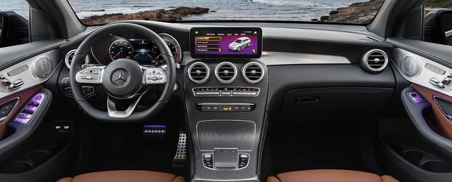 Mua Mercedes-Benz GLC hiện tại hay đợi phiên bản nâng cấp: Bài toán dễ giải của nhà giàu Việt - Ảnh 2.