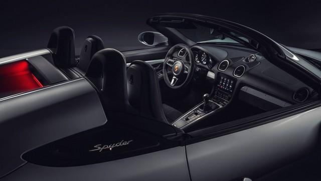 Porsche trình làng 718 Boxster Spyder và Cayman GT4 2020 với động cơ boxer 4.0L mới - Ảnh 8.