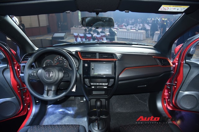 Chọn Honda Brio hay mua VinFast Fadil - Hai kỳ phùng địch thủ đắt đỏ nhất phân khúc - Ảnh 3.