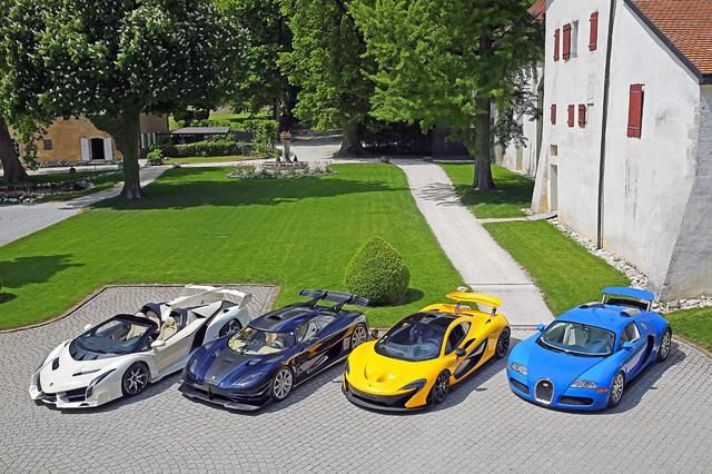 Koenigsegg dỗi vì siêu xe khét tiếng trong bộ sưu tập của lãnh đạo tham nhũng bị đấu giá quá thấp nhưng người cầm trịch không thèm đoái hoài - Ảnh 2.