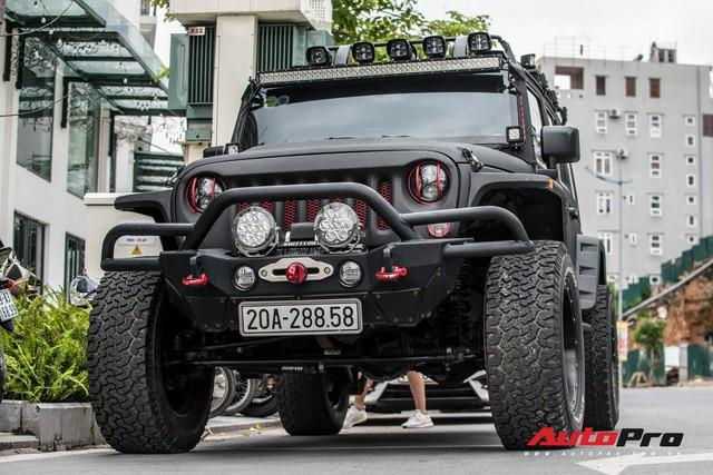 Khám phá hàng khủng Jeep Wrangler độ tất tay của đại gia Thái Nguyên - Ảnh 7.
