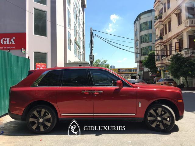 Đại gia Phạm Trần Nhật Minh 'mệt mỏi' chọn Rolls-Royce Cullinan - Ảnh 3.