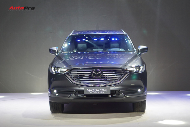 Khám phá chi tiết Mazda CX-8 Premium - Vua công nghệ trong tầm tiền 1,4 tỷ đồng - Ảnh 1.
