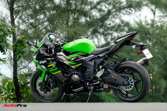 Kawasaki Ninja ZX-6R 2019 nhập khẩu tư nhân đầu tiên về Việt Nam, giá không dưới 300 triệu đồng - Ảnh 10.