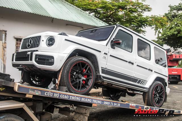 Doanh nhân Phạm Trần Nhật Minh mang Mercedes-AMG G63 Edition 1 giá khoảng 13 tỷ đồng đi bấm biển số - Ảnh 1.