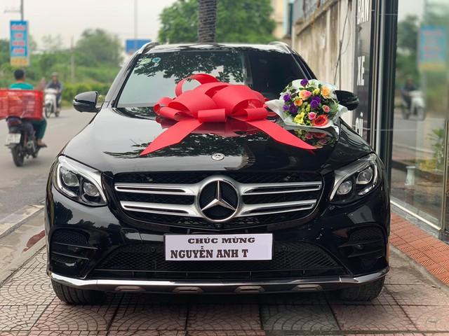 Sinh năm 2000, thiếu gia Thanh Hoá gây sốt khi chi hơn 2 tỷ mua Mercedes-Benz GLC 300 - Ảnh 3.