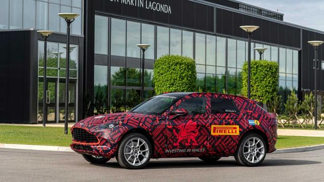 CEO Aston Martin: DBX là dòng xe quan trọng nhất trong lịch sử công ty! - Ảnh 1.