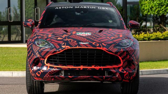 SUV của Aston Martin có thể đi kèm chế độ lái drift - Ảnh 1.