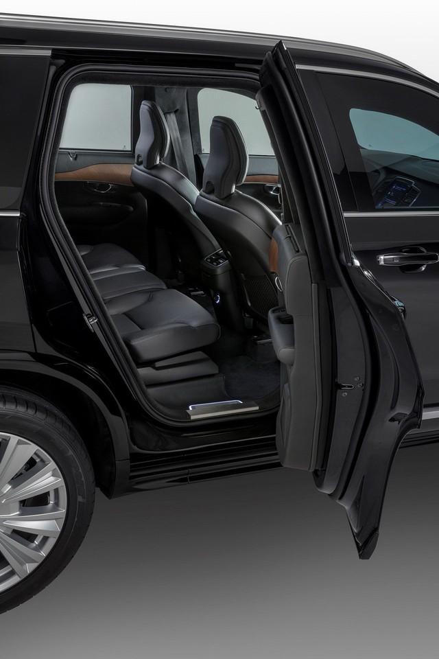 Đã an toàn nhất thế giới, Volvo XC90 giờ còn chống được đạn và thuốc nổ - Ảnh 6.