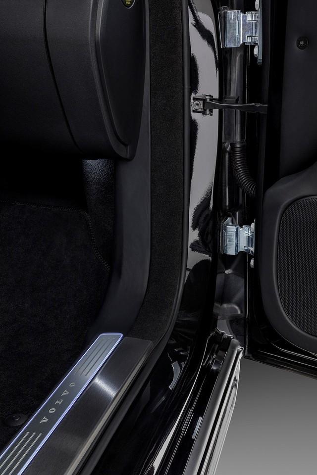 Đã an toàn nhất thế giới, Volvo XC90 giờ còn chống được đạn và thuốc nổ - Ảnh 7.