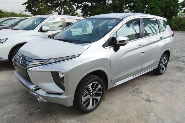 Bán hơn 2.000 xe/tháng, Mitsubishi Xpander vẫn 'cháy hàng', khách Việt chấp nhận mua 'bia kèm lạc' cũng không mua được xe - Ảnh 2.