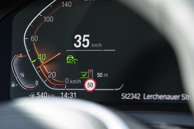 Dùng thử công nghệ tự lái trên BMW 7-Series 2020 - Ảnh 6.