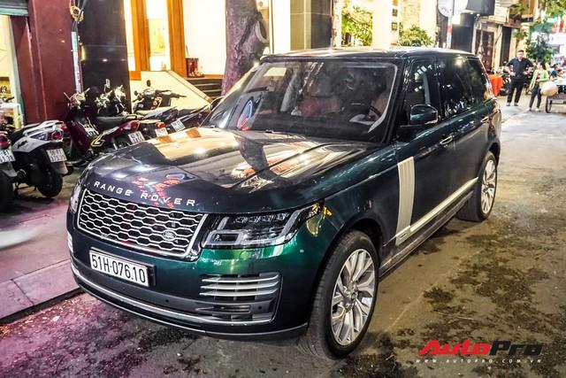 Range Rover Autobiography 2019 màu độc rực rỡ trên đường phố Sài Gòn - Ảnh 3.