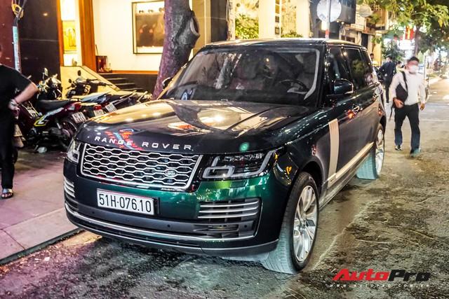 Range Rover Autobiography 2019 màu độc rực rỡ trên đường phố Sài Gòn - Ảnh 4.