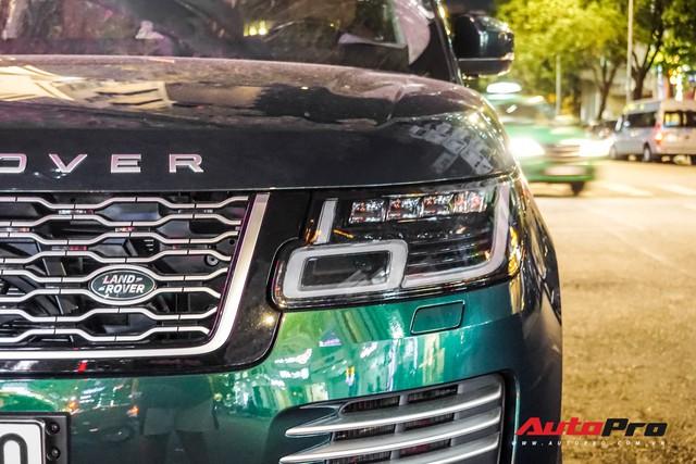 Range Rover Autobiography 2019 màu độc rực rỡ trên đường phố Sài Gòn - Ảnh 7.