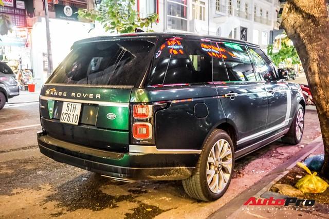 Range Rover Autobiography 2019 màu độc rực rỡ trên đường phố Sài Gòn - Ảnh 11.