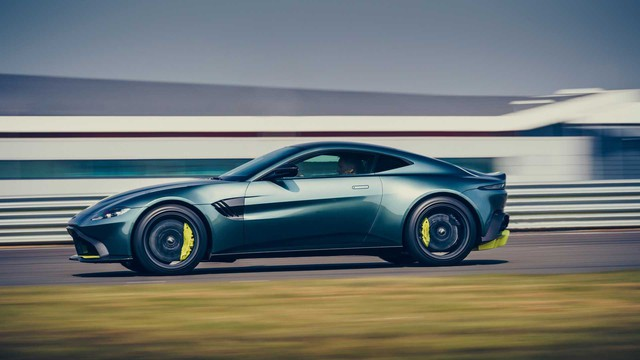 Siêu phẩm hàng hiếm Aston Martin Vantage AMR 2019 mở đặt hàng cho đại gia Việt - Ảnh 1.