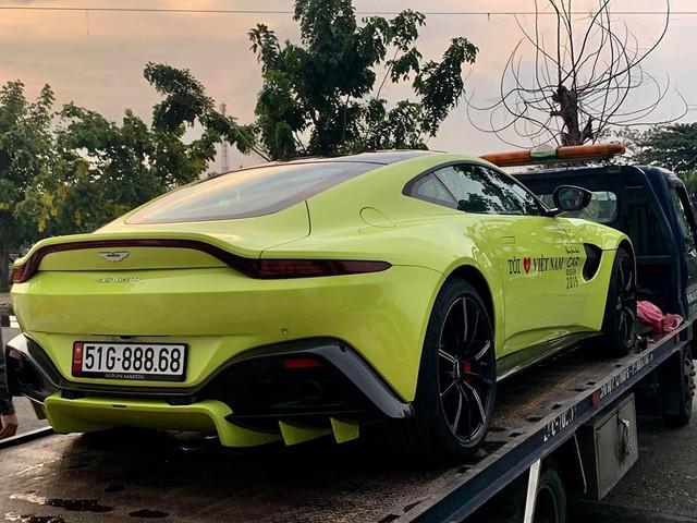 Cặp đôi xe khủng của đại gia Hoàng Kim Khánh lên đường ra Bắc, chuẩn bị cho hành trình Car Passion 2019 - Ảnh 1.