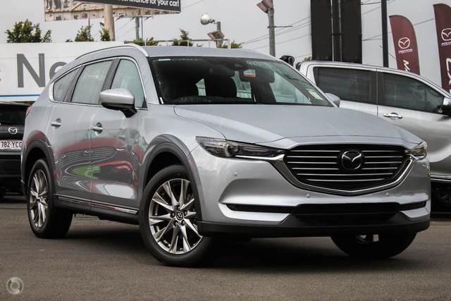 Mazda CX-8 bất ngờ chốt giá từ 1,149 tỷ đồng, tạo sức ép lên Hyundai Santa Fe - Ảnh 1.