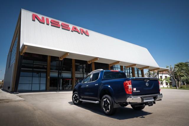 Ra mắt Nissan Navara 2020: Thêm tăng áp để rượt đuổi Ford Ranger - Ảnh 2.