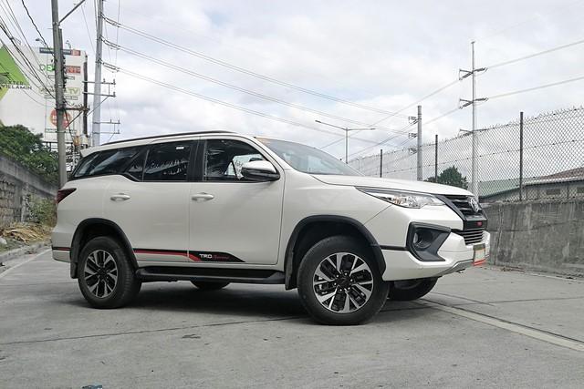 Bật mí những thay đổi trên Toyota Fortuner 2019 lắp ráp tại Việt Nam - Ảnh 2.