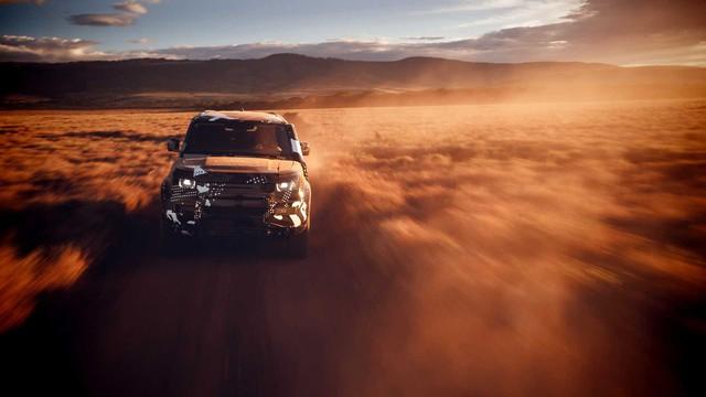 Land Rover tiếp tục nhá hàng Defender, biểu lộ khả năng off-road không thua G-Class - Ảnh 8.