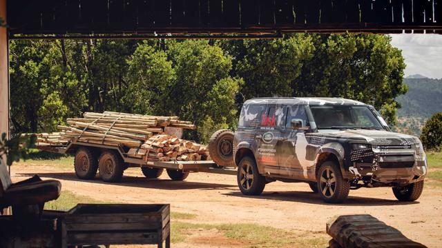 Land Rover tiếp tục nhá hàng Defender, biểu lộ khả năng off-road không thua G-Class - Ảnh 3.