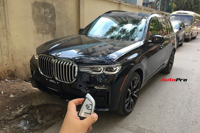 Diện kiến và bóc tách trang bị trên BMW X7 đầu tiên Việt Nam: Có cả tuỳ chọn như xe Rolls-Royce - Ảnh 11.