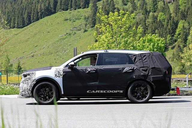 Kia Sorento tính lên đời tiệm cận hạng sang, lấy BMW X5 làm thước đo - Ảnh 3.