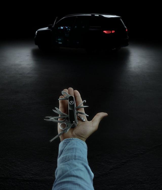Mercedes-Benz GLB 2020 - Đàn em GLC mang dáng dấp huyền thoại G-Class - Ảnh 1.