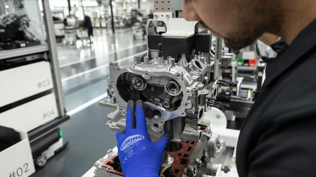 Mercedes-AMG tung động cơ 4 xy-lanh mạnh nhất lịch sử, sẽ lắp trên A-Class, CLA và GLB