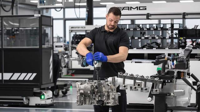Mercedes-AMG tung động cơ 4 xy-lanh mạnh nhất lịch sử, sẽ lắp trên A-Class, CLA và GLB - Ảnh 2.