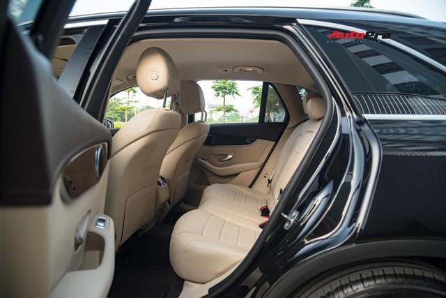Bán xe sau 10.000 km, chủ nhân Mercedes-Benz GLC 200 chỉ lỗ tiền lăn bánh - Ảnh 9.