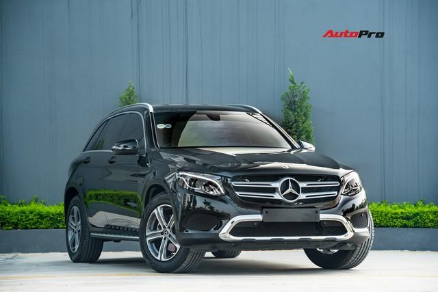 Bán xe sau 10.000 km, chủ nhân Mercedes-Benz GLC 200 chỉ lỗ tiền lăn bánh - Ảnh 1.