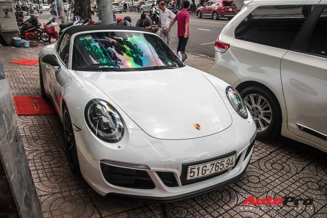 Porsche 911 Targa 4 GTS độc nhất Việt Nam ra biển số trắng Sài Gòn - Ảnh 3.