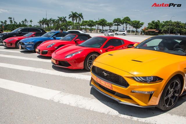 Dàn siêu xe, xe thể thao và xe siêu sang trị giá cả trăm tỷ diễu hành trên phố Hà Nội - Ảnh 17.