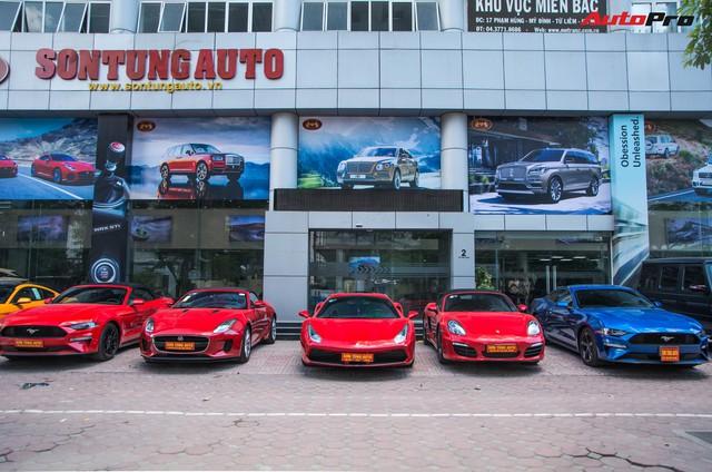 Dàn siêu xe, xe thể thao và xe siêu sang trị giá cả trăm tỷ diễu hành trên phố Hà Nội - Ảnh 4.