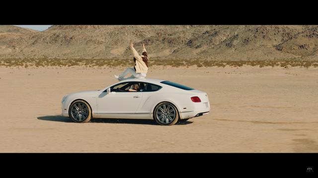 Sơn Tùng MT-P đem Bentley Continental GT Speed vào Hãy trao cho anh - Ảnh 4.