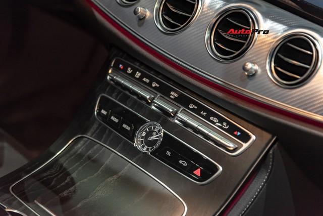 Chi tiết Mercedes-Benz E 200 Sport giá hơn 2,3 tỷ đồng - Chủ lực doanh số xe sang tầm trung tại Việt Nam - Ảnh 10.