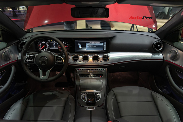 Chi tiết Mercedes-Benz E 200 Sport giá hơn 2,3 tỷ đồng - Chủ lực doanh số xe sang tầm trung tại Việt Nam - Ảnh 5.