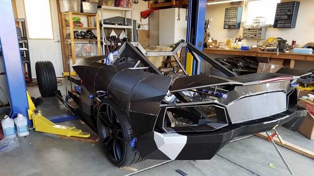 2 cha con tự in 3D Lamborghini Aventador với động cơ Corvette - Ảnh 3.