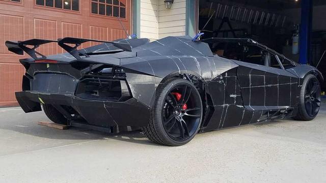 2 cha con tự in 3D Lamborghini Aventador với động cơ Corvette - Ảnh 2.