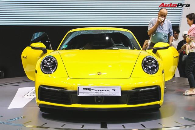 Bộ đôi Porsche 911 thế hệ mới chính thức đặt chân tới Việt Nam - Ảnh 2.