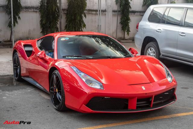 Ferrari 488 GTB của Tuấn Hưng hồi sinh, xuất hiện trên phố với diện mạo lạ lẫm - Ảnh 1.