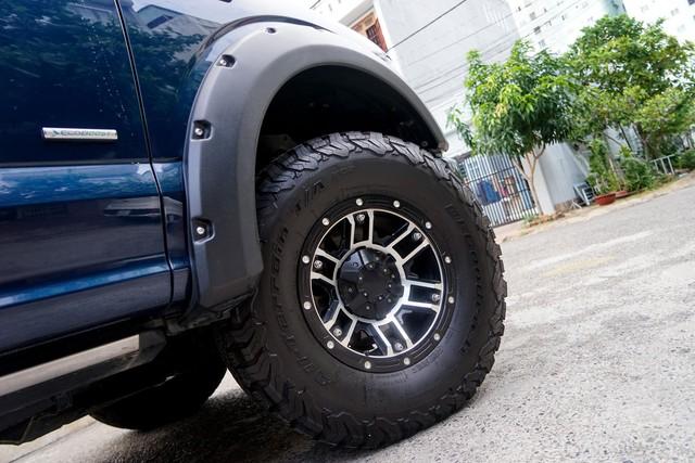 Dùng Ford F150 Platinum 4 năm không off-road, chủ xe bán lại với giá đủ mua 2 chiếc Ranger Raptor - Ảnh 2.