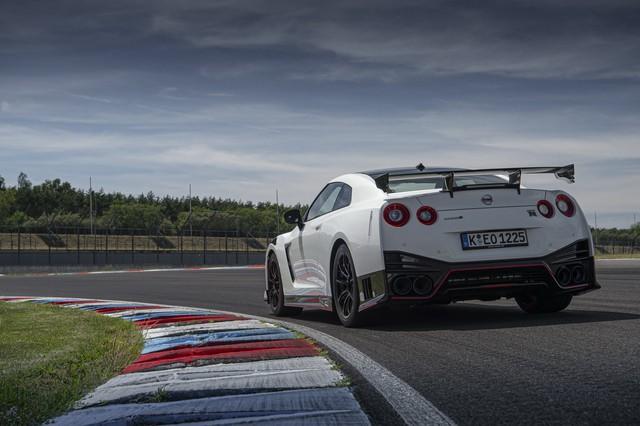 Giám đốc dự án Nissan GT-R: Đến tôi cũng không biết mặt mũi thế hệ mới ra sao! - Ảnh 2.