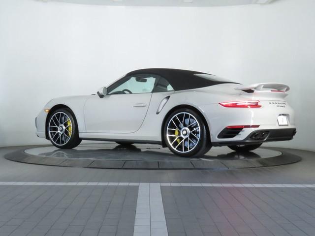 Porsche 911 Turbo mới sẽ nẫng khách của Ferrari và đây là lý do - Ảnh 1.