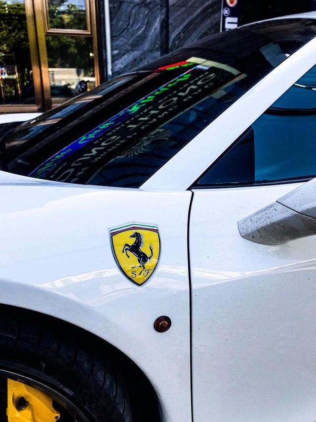 Ferrari 458 Spider biển số tứ quý Lào bất ngờ xuất hiện tại thành phố Vinh - Ảnh 5.