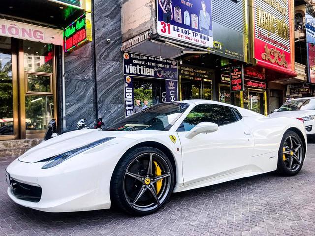 Ferrari 458 Spider biển số tứ quý Lào bất ngờ xuất hiện tại thành phố Vinh - Ảnh 6.